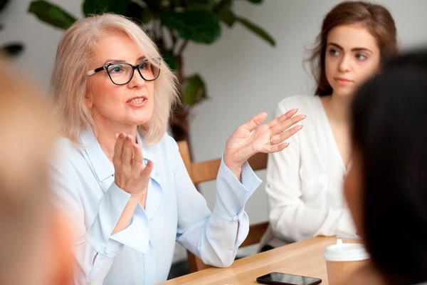 Mentorrin mentor gratis en un coworking. cuentanos lo que necesitas y buscamos al profesional que te ayude a tener exito en tu proyecto o negocio